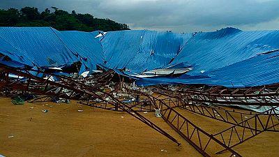 Decenas de muertos al derrumbarse el techo de una iglesia en Nigeria