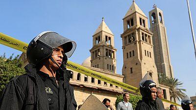 Al menos 20 muertos en un atentado contra la catedral copta en El Cairo