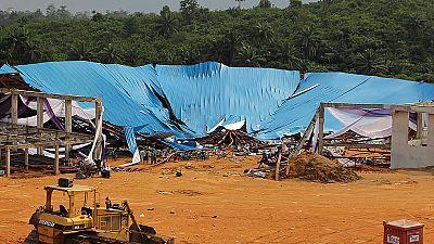Decenas de víctimas al derrumbarse el techo de una iglesia en Nigeria