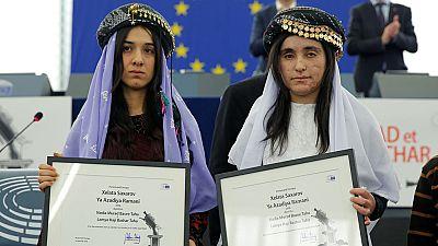 Lamiya Aji Bashar y Nadia Murad piden ayuda para llevar al Dáesh ante la Justicia Internacional