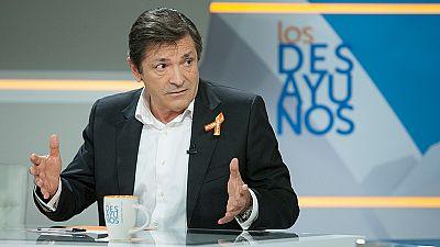 Javier Fernández defiende que el PSOE necesita tiempo antes de convocar su congreso