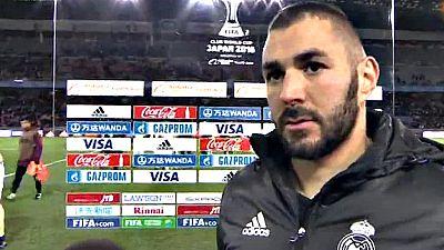 El club merengue se impuso con suficiencia con un gol de Benzema en el descuento de la primera parte y otro de Ronaldo cuando agonizaba a semifinal contra el América mexicano por 0-2 en el Mundial FIFA de Clubes de Japón 2016.
