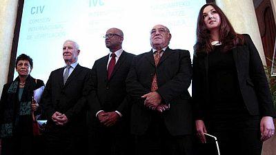 """La Audiencia Nacional cita a declarar a los miembros de la """"Comisión Internacional de Verificación"""""""
