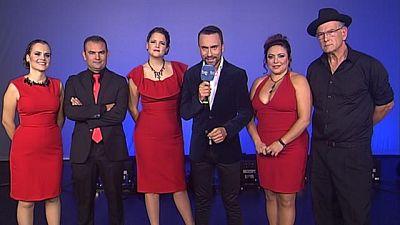 """Tenderete - 18/12/2016 - Con """"Timple & Bohemia"""", Abelardo García """"El Tormento"""", Pedro Manuel Afonso, Patricia Muñoz, Yoana García y Moneiba García."""
