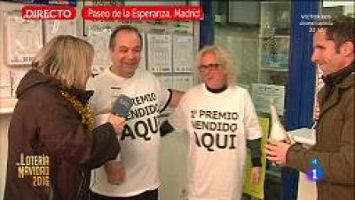 Brindis con los loteros de Madrid