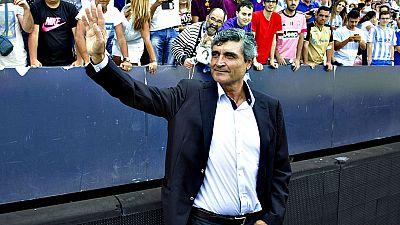 El presidente y propietario del Málaga, el jeque catarí Abdullah Al Thani, ha difundido este jueves en mensaje por Twitter en el que se deduce la despedida del club andaluz del actual entrenador de la primera plantilla, Juande Ramos.