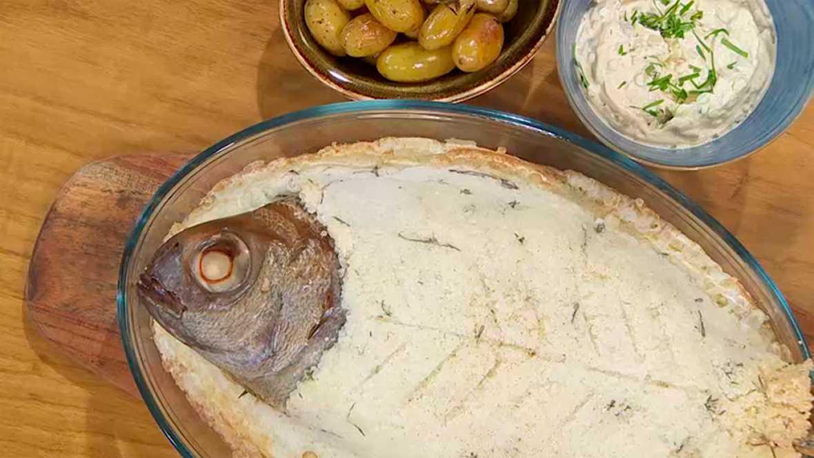 Receta de besugo con costra a la sal