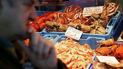 Suben los precios en los mercados,  sobre todo los mariscos frescos