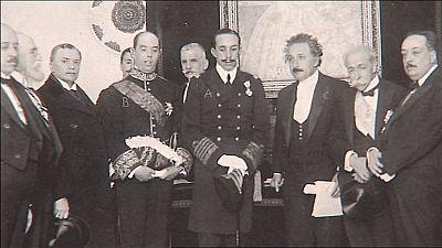 Lab24 - Reportaje - España descubre a Einstein