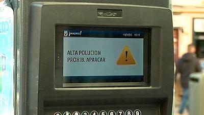 Madrid prohíbe este miércoles aparcar dentro de la M-30 por la alta contaminación