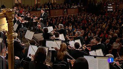 Concierto de Año Nuevo 2017 - Marcha Nechledil' de Franz Lehár
