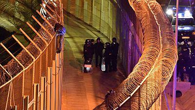 Más de 1.000 subsaharianos intentan entrar en Ceuta