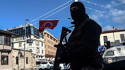 Turquía afronta el terrorismo y responde al atentado en Estambul con más bombardeos al Dáesh