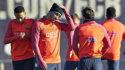 Los argentinos Lionel Messi y Javier Mascherano, el brasileño Neymar da Silva y el uruguayo Luis Suárez se han reincorporado este lunes a los entrenamientos del Barcelona, después de haber disfrutado de unos días más de vacaciones que el resto de sus