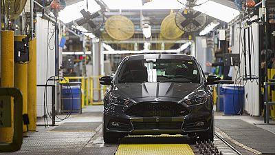 Ford ha cancelado la inversión de 1.600 millones de dólares (unos 1.536 millones de euros al cambio actual) que tenía prevista para construir una nueva planta de montaje de vehículos en San Luis de Potosí (México) y ha señalado que invertirá 700 mill