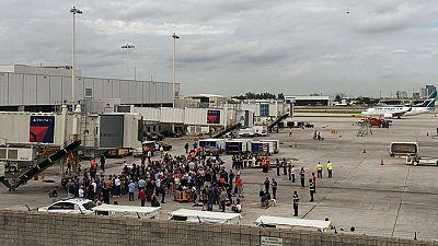 Al menos cinco muertos en un doble tiroteo en un aeropuerto de Florida