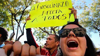 Continúan las manifestaciones en México contra la subida de la gasolina