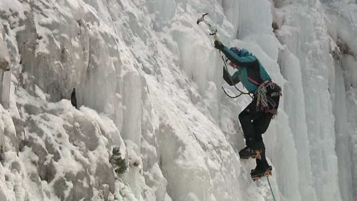 Al filo de lo imposible - Benasque: alpinismo en femenino - ver ahora
