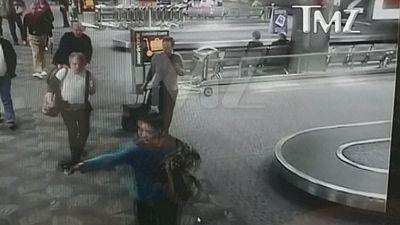 Un vídeo muestra cómo dispara a sangre fría el atacante del aeropuerto de Florida