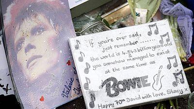 Concierto conmemorativo en Londres en el primer aniversario del fallecimiento de David Bowie