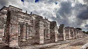 Un mundo aparte: El mundo de los Mayas