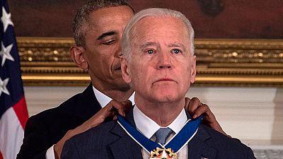 Joe Biden, el vicepresidente de los Estados Unidos, reaccionó llorando cuando el presidente Obama anunció le premiaba con la medalla de la Libertad