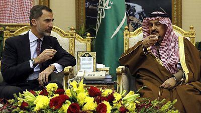 Felipe VI llega a Arabia Saudí en una visita oficial con marcado acento económico.
