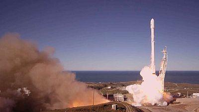 Space X lanza con éxito su primer cohete tras la explosión de septiembre