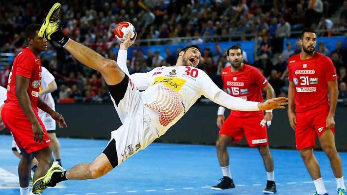 España logra su segunda victoria ante Túnez
