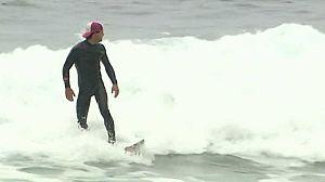 Surf: El cazador de olas gigantes