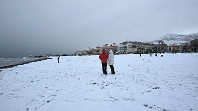 Nieve en playas del mediterráneo y termómetros que llegan a casi 22 grados bajo cero en los Pirineos