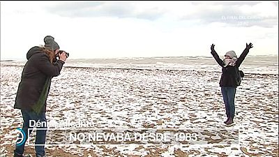 España Directo - La ola de frío lleva la nieve hasta el Mediterráneo
