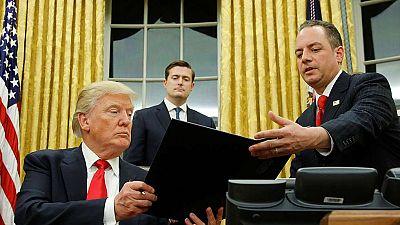 Trump da sus primeros pasos como presidente de EE.UU.