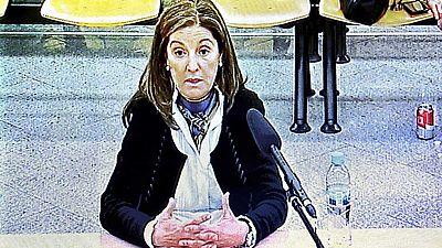 La mujer de Luis Bárcenas declara que su marido nunca le hablaba de temas de trabajo