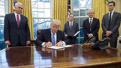 Trump firma una orden ejecutiva para sacar EE.UU. del acuerdo comercial TTP