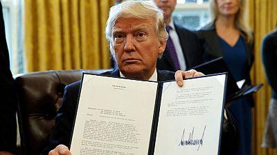 Trump resucita la construcción de dos polémicos oleoductos bloqueados por Obama en EE.UU.