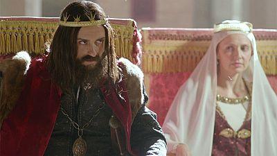 El final del camino - Alfonso, rencoroso, prohíbe practicar su religión a los sarracenos