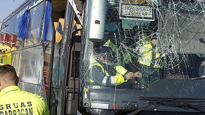 La juez retira el carné y la licencia de conductor al chófer del autobús volcado en Fuenlabrada