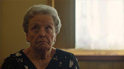 Cuéntame cómo pasó - Herminia se va a una residencia de ancianos