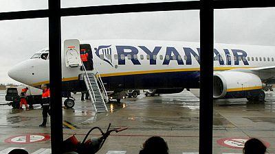 Ryanair sopesa cambiar su política de equipajes por los retrasos que provoca la actual
