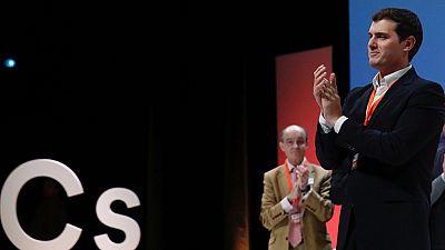 """El presidente de Ciudadanos, Albert Rivera, ha clausurado la IV Asamblea de su partido político afirmando que los liberales de Cádiz """"han vuelto para gobernar España"""" porque la formación naranja ha recogido ese """"sueño de hombres valientes y con valor"""