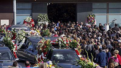 Despedida multitudinaria en Torre Pacheco a los cinco jóvenes fallecidos este fin de semana