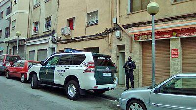 Detenidos dos marroquíes acusados de adoctrinamiento y captación yihadista en Badalona