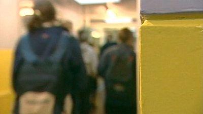 Los profesores de dos colegios británicos llevarán cámaras en la ropa