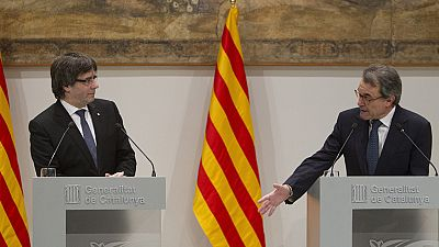 """Puigdemont: Es momento de """"dialogar"""" a través de la política y no de """"fiscales y tribunales"""""""