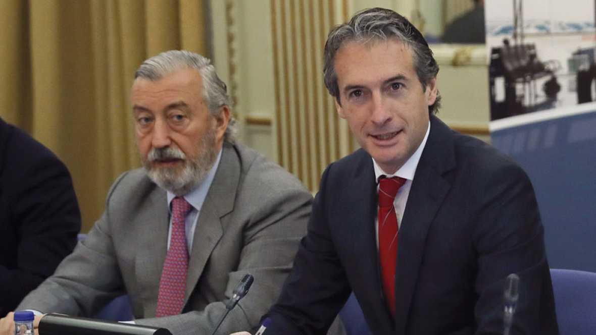 Iñigo de la Serna abre la puerta a acuerdos entre estibadores y empresas una vez liberalizado el sector