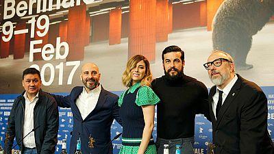 """Álex de la Iglesia estrena su nueva película """"El bar"""" en Berlín"""