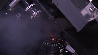 Científicos del CSIC desarrollan un test para detectar el virus del SIDA en la primera semana de infección