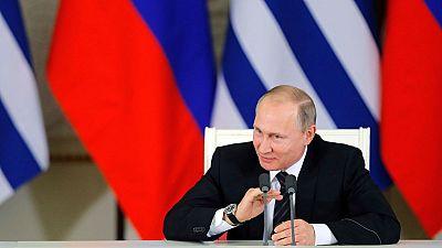 Putin permitirá a los ciudadanos ucranianos separatistas moverse y trabajar en Rusia sin restricciones