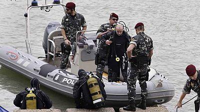 Buzos pertenecientes al Grupo Especial de Operaciones (GEO) de la Policía Nacional han comenzado esta mañana en la dársena del Guadalquivir en Sevilla la búsqueda de los restos de Marta de Castillo, asesinada el 24 de enero de 2009 cuando tenía 17 añ